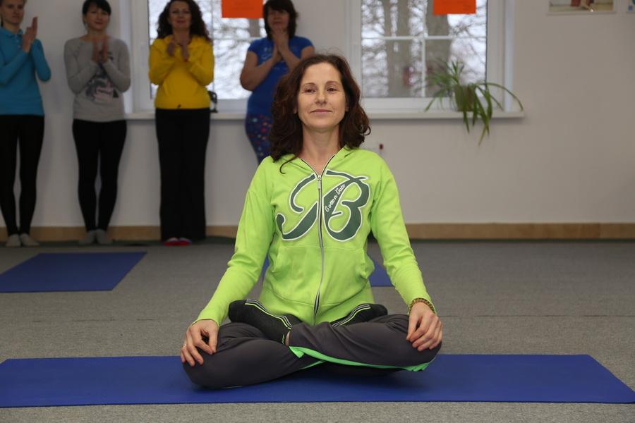 yoga_08_irida